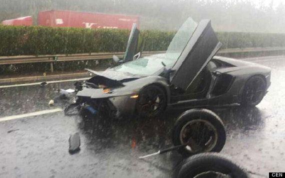 Lamborghini Aventador Crash In China Sees £580,000 Super Car