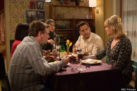 'EastEnders' Spoiler: Ian Beale Builds Bridges with Ex-Wife Jane