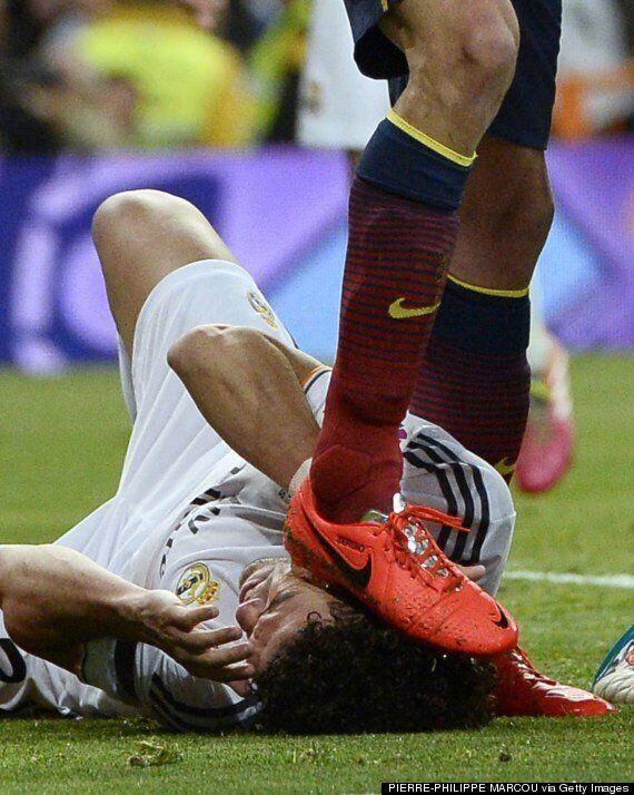 Real Madrid 3-4 Barcelona: Did Sergio Busquets Stamp On Pepe In El Clásico?