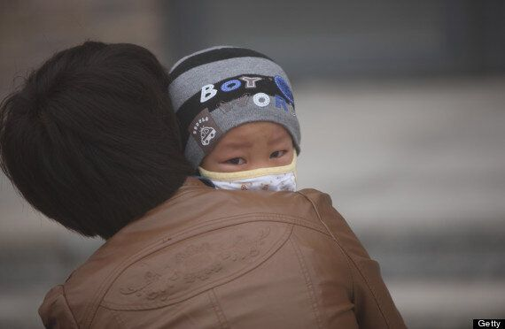 China's Smog & Pollution Blamed For Lung Cancer Diagnosis Of Girl,