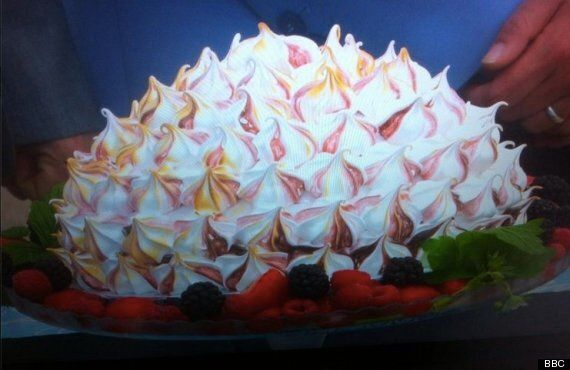'The Great British Bake Off' Review - Iain Comes Unstuck Over A Baked Alaska In Episode
