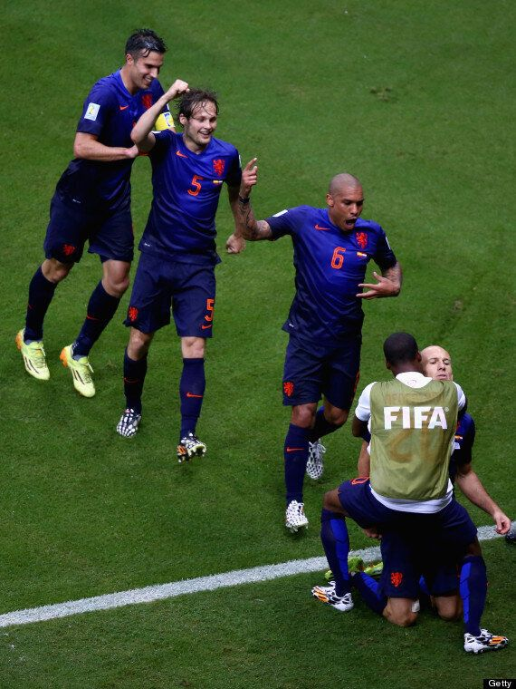 Manchester United Transfer News: Arturo Vidal And Daley Blind 'Bids