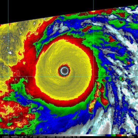Super Typhoon Haiyan Hits Central Philippines With 195mph
