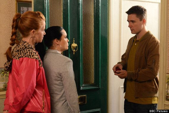 'EastEnders' Spoiler: Is Lee Carter About To Propose To Whitney Dean?