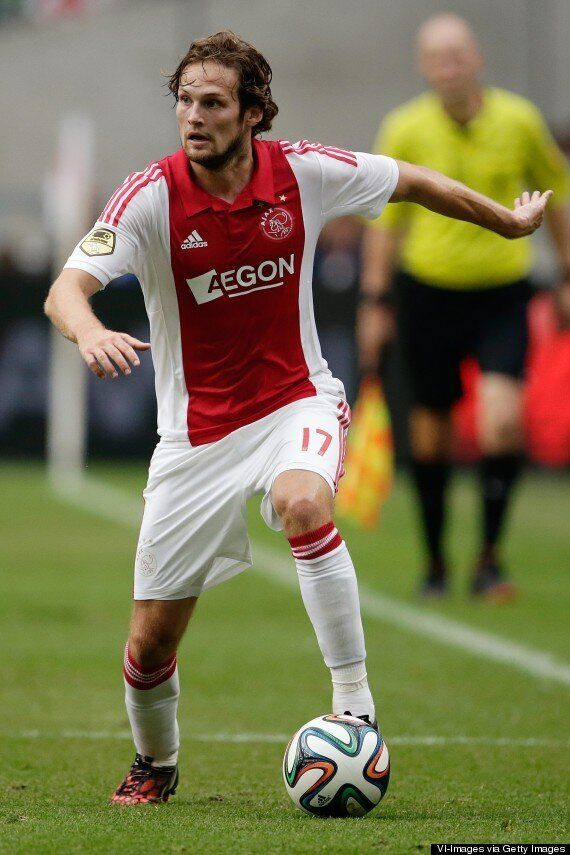 Daley Blind: Manchester United Confirm £14m