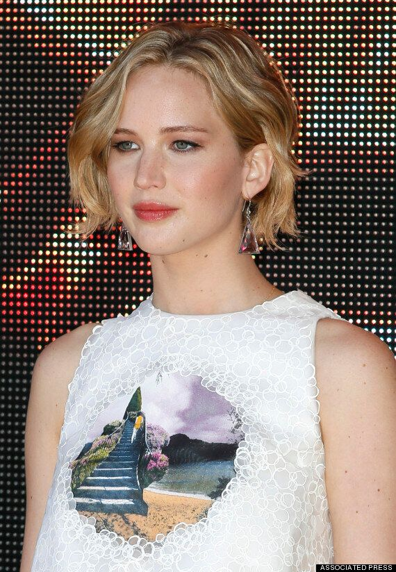 Jennifer Lawrence Naked Pictures Leaked Online. Hacker Claims To Have Pics Of 100 More Celebs Including...