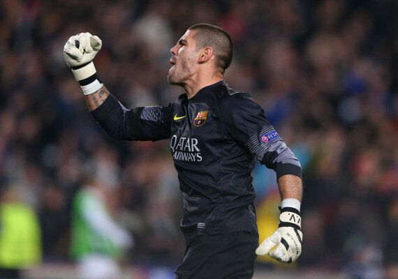 Victor Valdés In Talks With