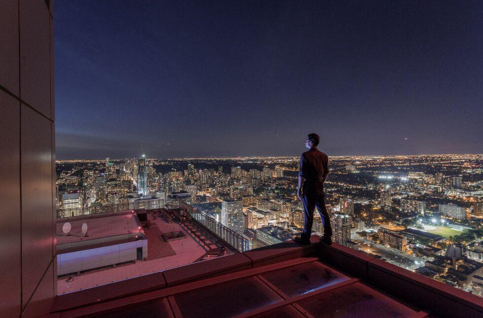 Rooftopping Creates Amazing Shots Of Toronto