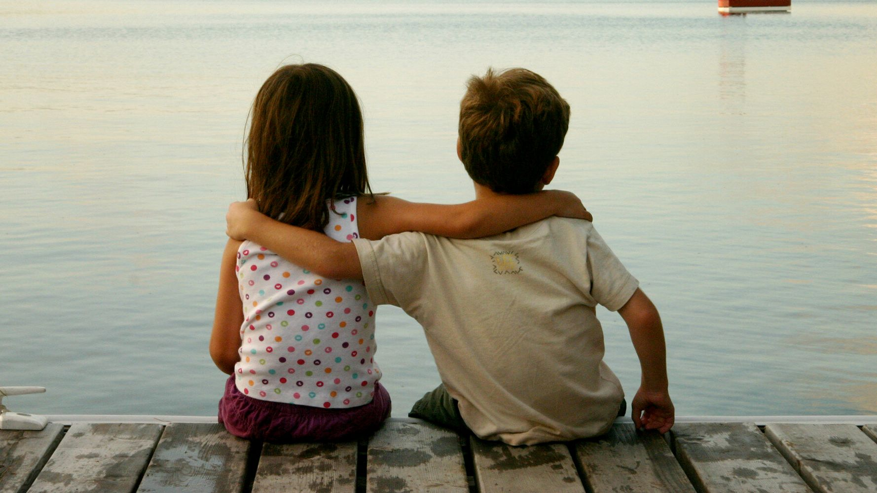 10 True Facts About Friendship: What Scientists Have To Say
