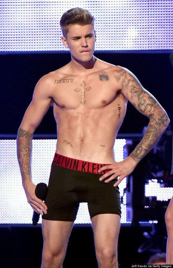 Justin Bieber Strips To His Calvin Klein Underwear, Shows Off Toned Body During 'Fashion Rocks'