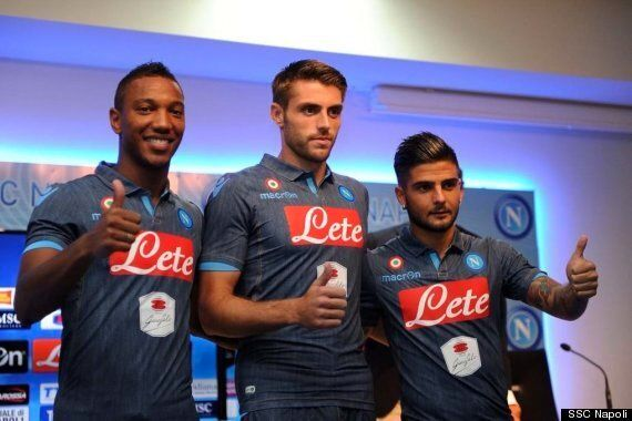Napoli Reveal Away Kit Made From