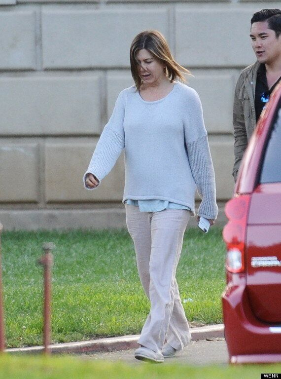 Jennifer Aniston Is Unrecognisable As She Goes Brunette And Make-Up Free On The Set Of