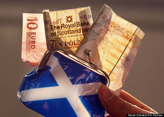 Scottish Independence Vote Triggers Mass Banknote Shift Amid Fears Of Run On