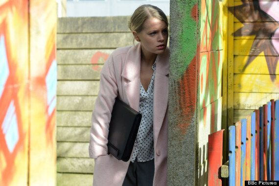 'EastEnders' Spoiler: Newcomer Lee Carter Kisses TWO Walford Women On Arrival In The Square