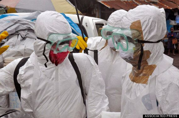 First Ebola Vaccine To Be Tested On Unnamed British Volunteer - Via Chimpanzee Cold