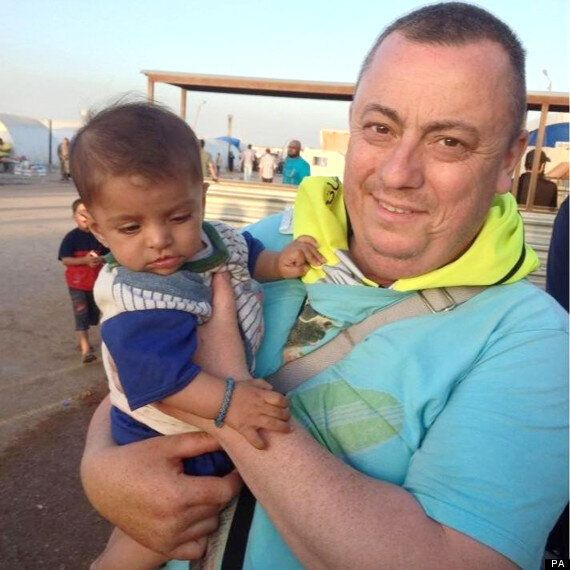Muslims Make Emotional Plea To Islamic State For Release Of UK Hostage Alan