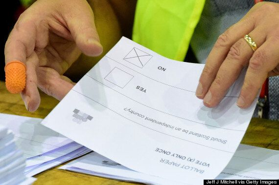 Russian Observers Think Scotland's Vote Count Could Have Been Rigged... Because The Rooms Were Too