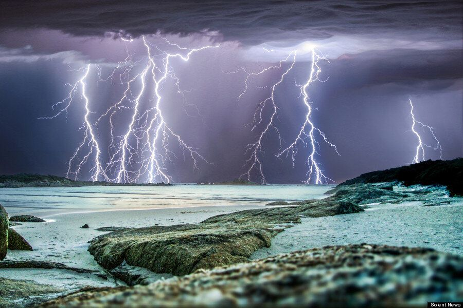 16 Spine Tingling Shots Of Lightning Strikes Illuminating The Skies Of Western Australia
