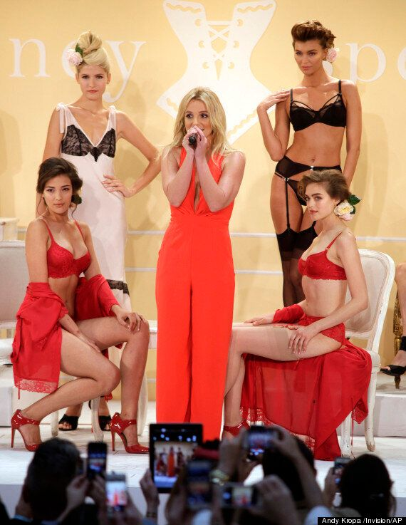 Britney Spears Launches Lingerie Collection... And She Wants Kate Middleton To Model