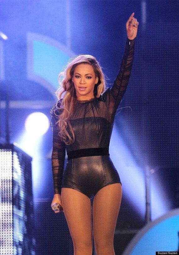 Beyoncé Accused Of Photoshopping A Thigh Gap In Bikini Pics (VIDEO,