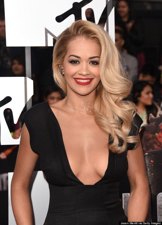MTV Movie Awards 2014: Rita Ora Flashes Major Cleavage On The Red Carpet