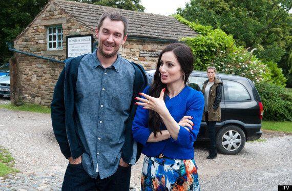 'Emmerdale' Spoiler: Debbie's Left Shocked After Pete's Night At Leyla's