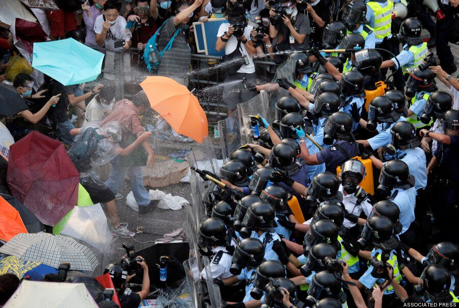 Hong Kong 'Umbrella Revolution' Protest Pictures Show The Aftermath Of Night's