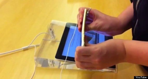 Kids Start Bending iPhones In UK Apple