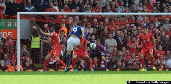 Gary Neville Dissects Liverpool's Simon Mignolet's Goalkeeping
