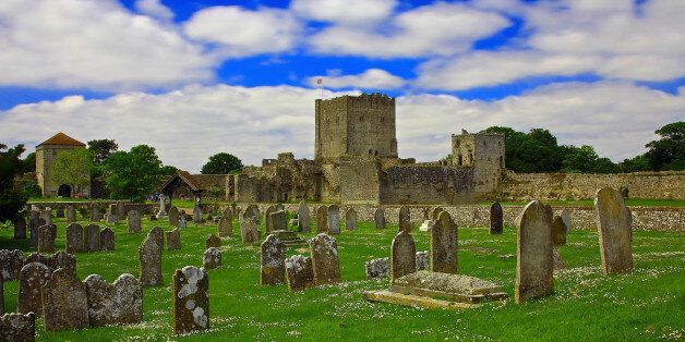 [UNVERIFIED CONTENT] The medieval Portchester Castle is set within the walls of a 3rd-century Roman fort and it stands imposingly on a low lying tongue of land that projects out into the natural harbour of Portsmouth.