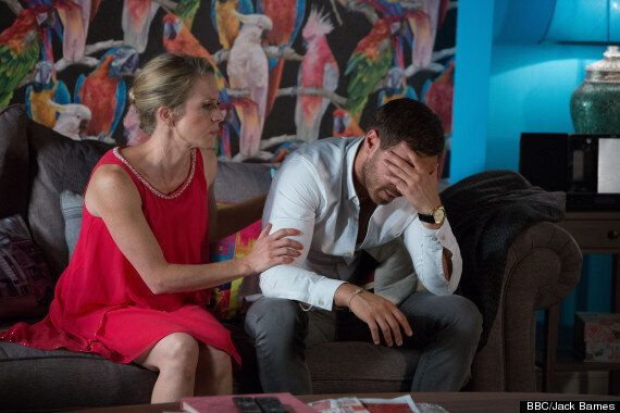 'EastEnders' Spoiler: Rape Storyline Photos Show Linda Shocked After Dean's Attack