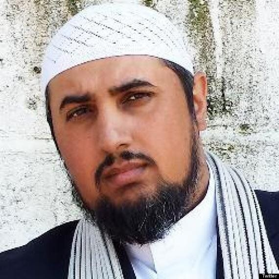 Commentator Mo Ansar's Family Home Searched By Immigration