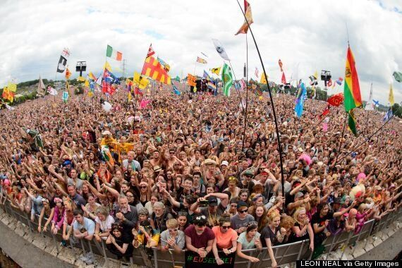 Glastonbury 2015 Tickets Sell Out In Record Time With 120,000 Sold In 26