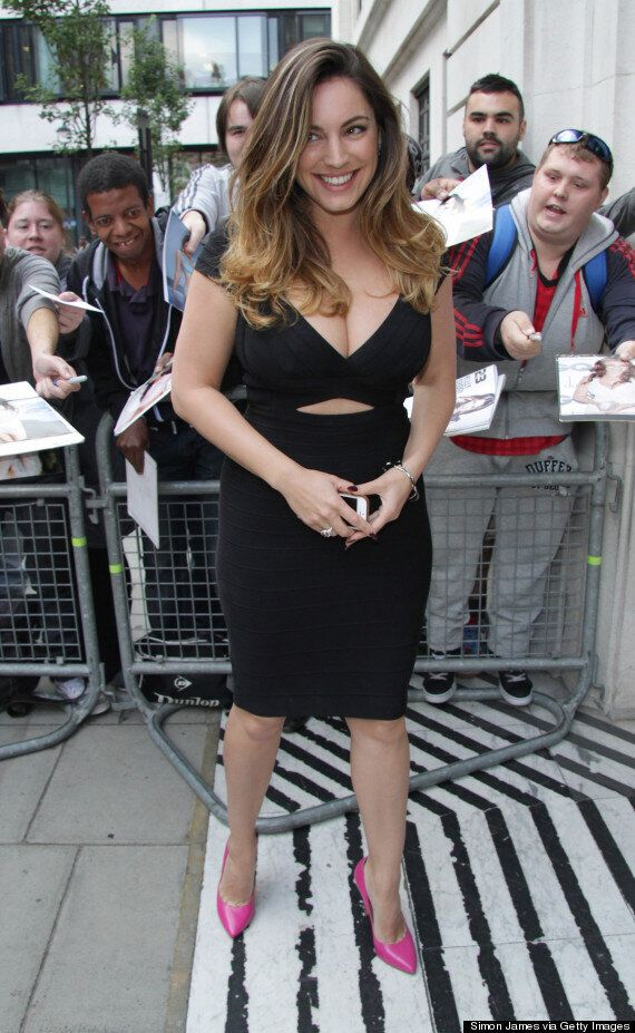 Kelly Brook's Nude Photos Leak: Model's Naked Selfie Circulated Online In Latest Celebrity Hacking