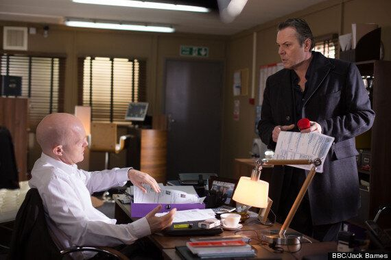 'EastEnders' Spoiler: Ian Beale Goes On The Hunt For Lucy's Mystery Man