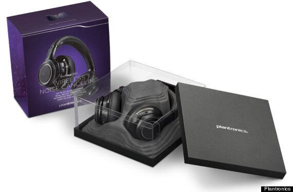 Plantronics BackBeat Pro Review: The Ultimate Solitude