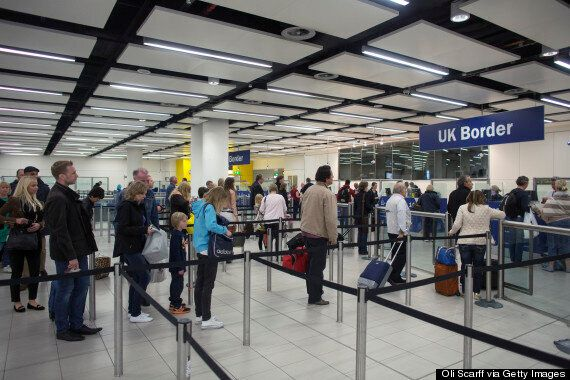 Ebola Screening Chaos As Airports Admit They Have No Idea How To Carry Out 'Useless'
