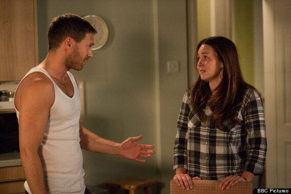 'EastEnders' Spoiler: Dean Wicks Kisses Stacey Slater Weeks After Attack On Linda Carter