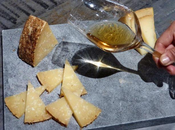 Maridaje de vinos naturales y quesos artesanales, en La