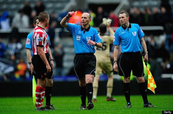 Lee Cattermole Sent Off For 5th Time WIth Sunderland, Here's All Of His Red