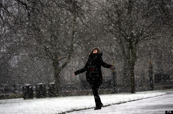 UK Weather: 10cm Snow In North East, Ice, Snow and Freezing Temperatures Across