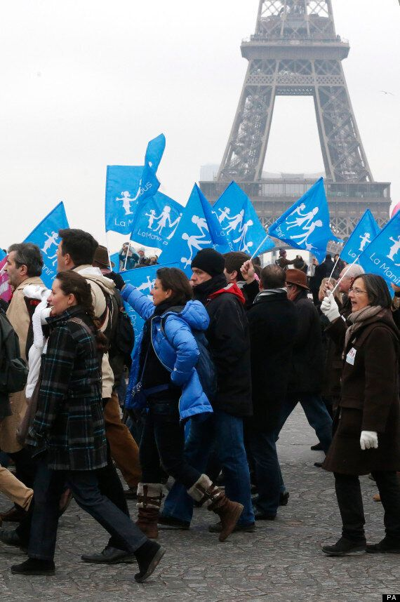 Anti-Gay Marriage March In Paris Sees 340,000 People Take To The