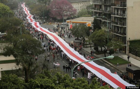 River Plate Fans March Into Guinness Book Of Records With 7,829m-Long Flag