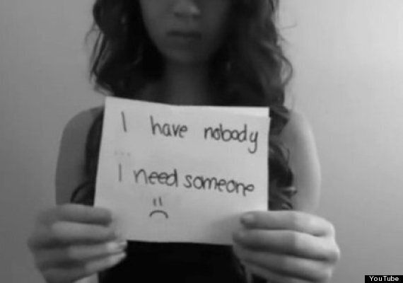 Schoolgirl Amanda Todd Documented Bullying On YouTube Before Suicide