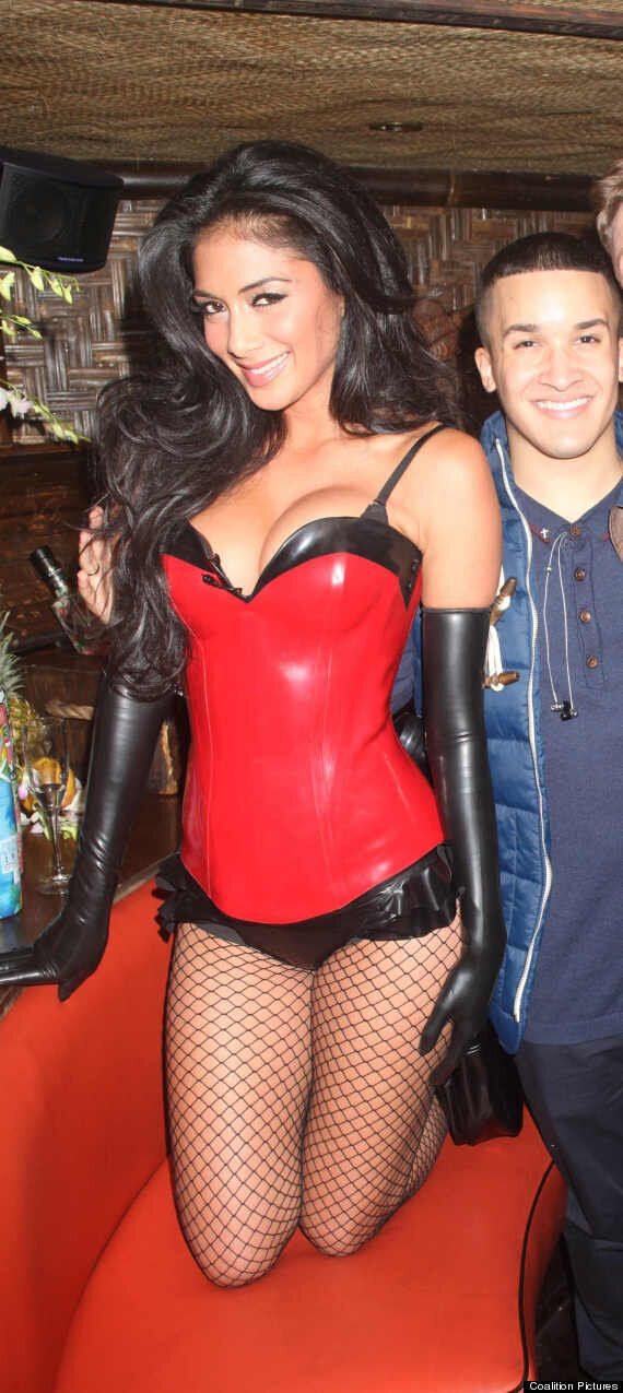 Nicole Scherzinger Halloween Costume.X Factor Nicole Scherzinger Upstages Tulisa In Sexy Pvc Bask At