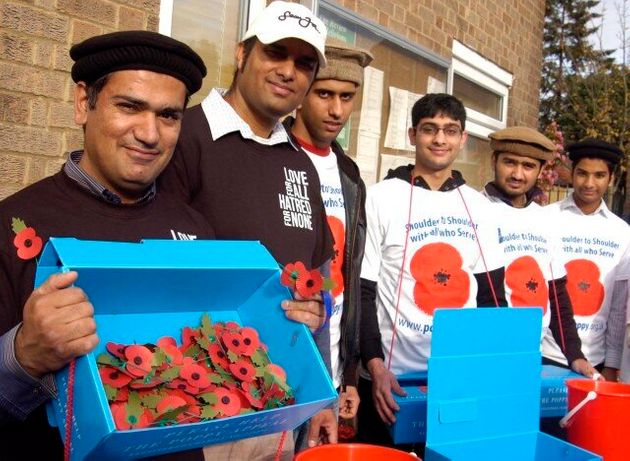 Poppy Selling Campaign By Ahmadiyya Muslim Youth Association Branches