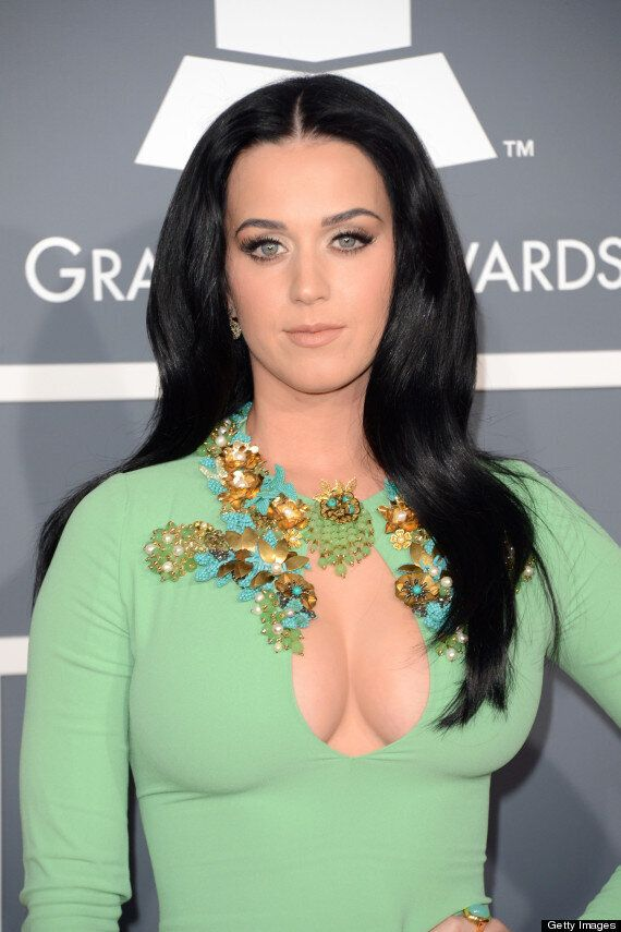 Grammys 2013: Katy Perry Ignores Dress Code And Flashes Cleavage In Revealing Dress