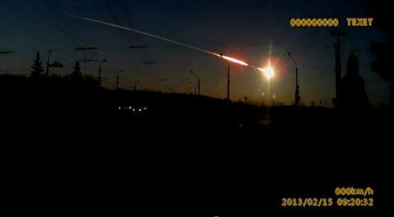 Meteorite Injures Hundreds After Streaking Across Russia's Ural Mountains (VIDEO,