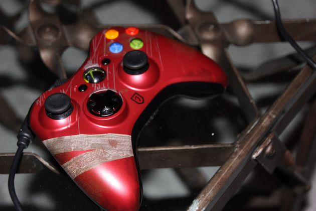 A Closer Look at the Tomb Raider Limited Edition Xbox 360 Wireless