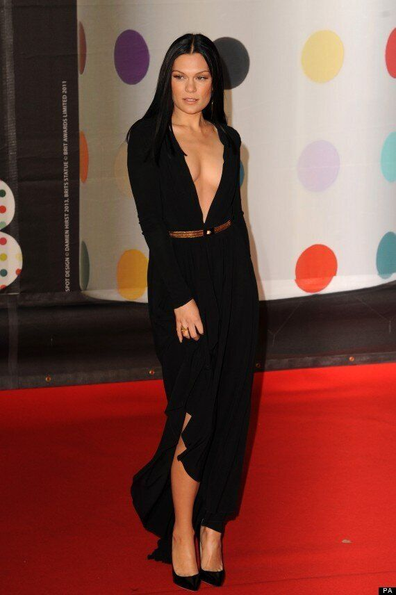 Brit Awards 2013: Jessie J Flashes The Flesh On The Brits Red Carpet In Cleavage-Busting Dress